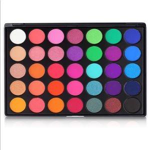 NEW 35E Color Burst Glam Eyeshadow Palette